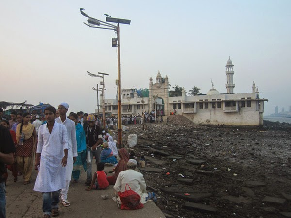 Haji Ali Dargah | India | Stylefeelfree