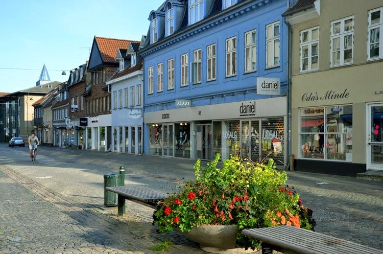 Vista calle en Roskilde, Dinamarca | stylefeelfree