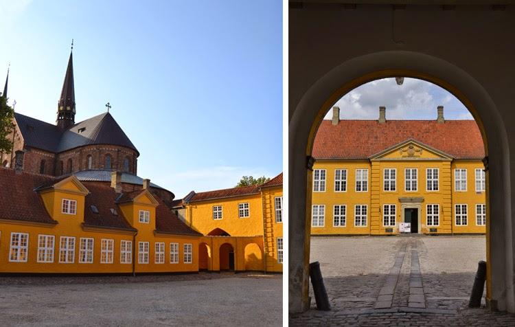 Edificio histórico Dinamarca, Palacio Real Roskilde donde se encuentra el Museo de Arte Contemporáneo | stylefeelfree