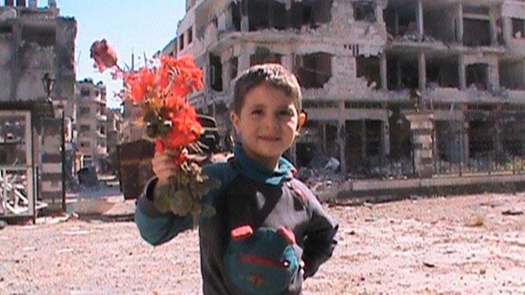 Syria Self-Portrait, Silvered Water   El horror desde la lírica
