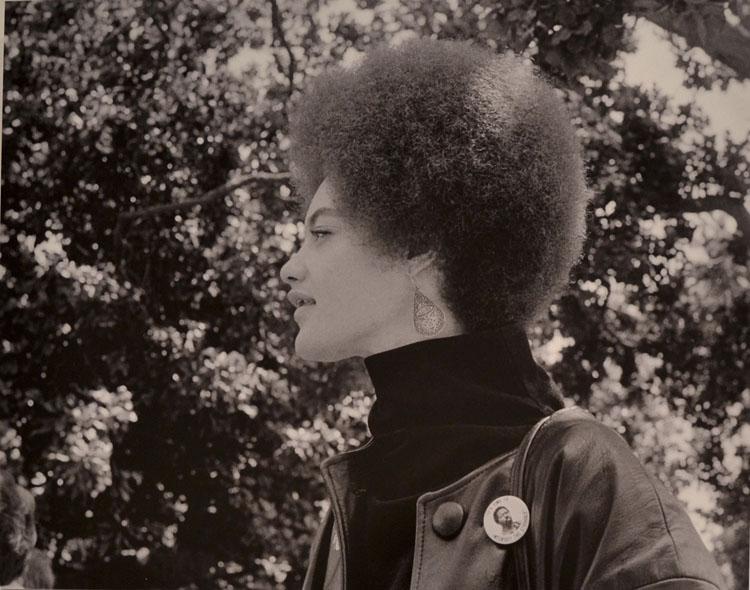 Angela Davis | Fotografía 70s | museo reina sofia | stylefeelfree