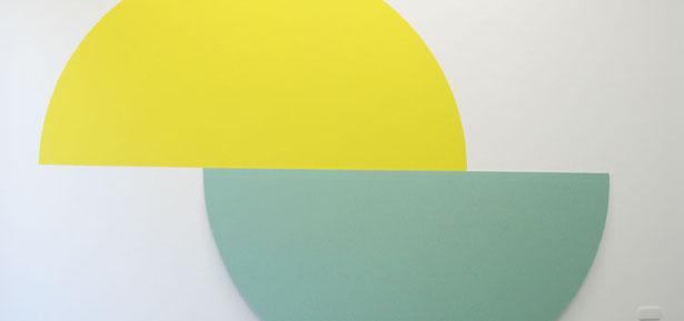Miquel Mont cuestiona la pintura en Fundació Suñol
