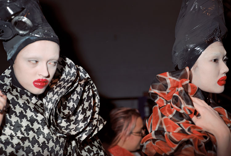 Alexander McQueen regresa a Londres: la Tate y el V&A le conmemoran