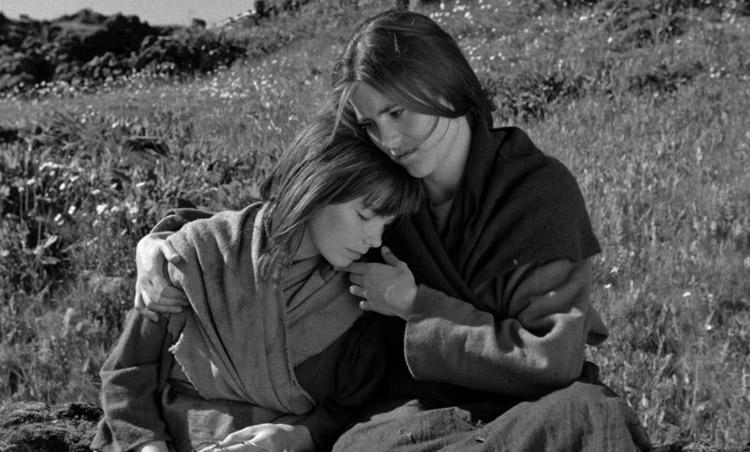 Cuando fuimos brujas (1990) | Alegoría de la supervivencia