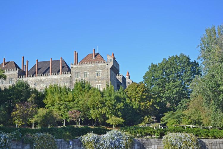 Palacio de los Duques de Braganza | Portugal | StyleFeelFree