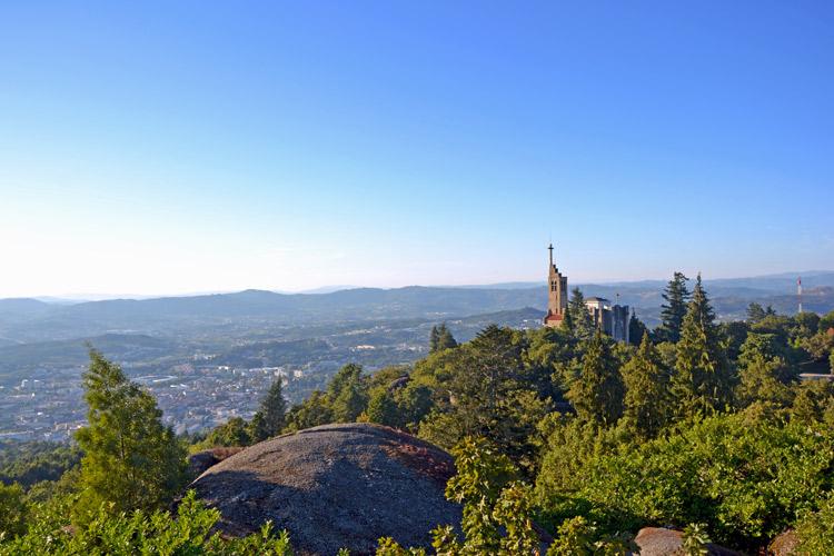 Vista desde el monte da Penha | Guimarães | Portugal | StyleFeelFree