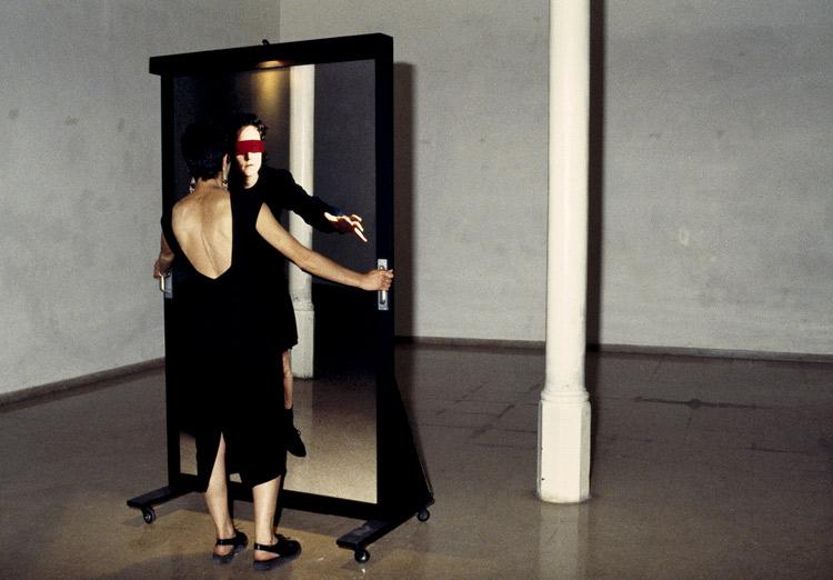 Artista Tere Recarens | Performance en España en los 90 | StyleFeelFree