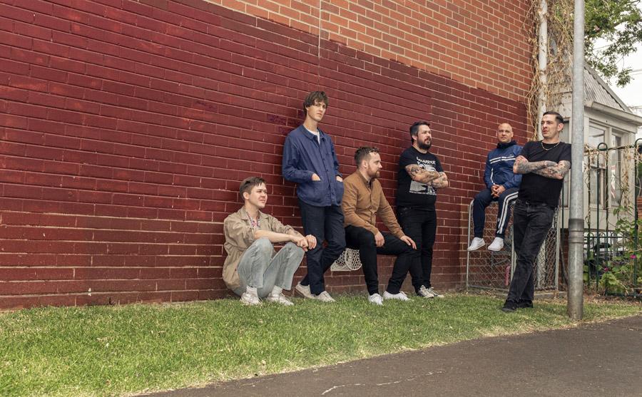 Viagra Boys traen altas dosis de punk cortado con jazz y country en 'Welfare Jazz'