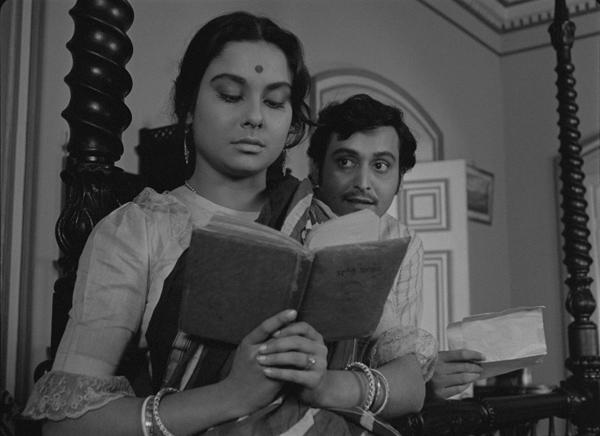 Charulata. La esposa solitaria (1964) de Satyajit Ray
