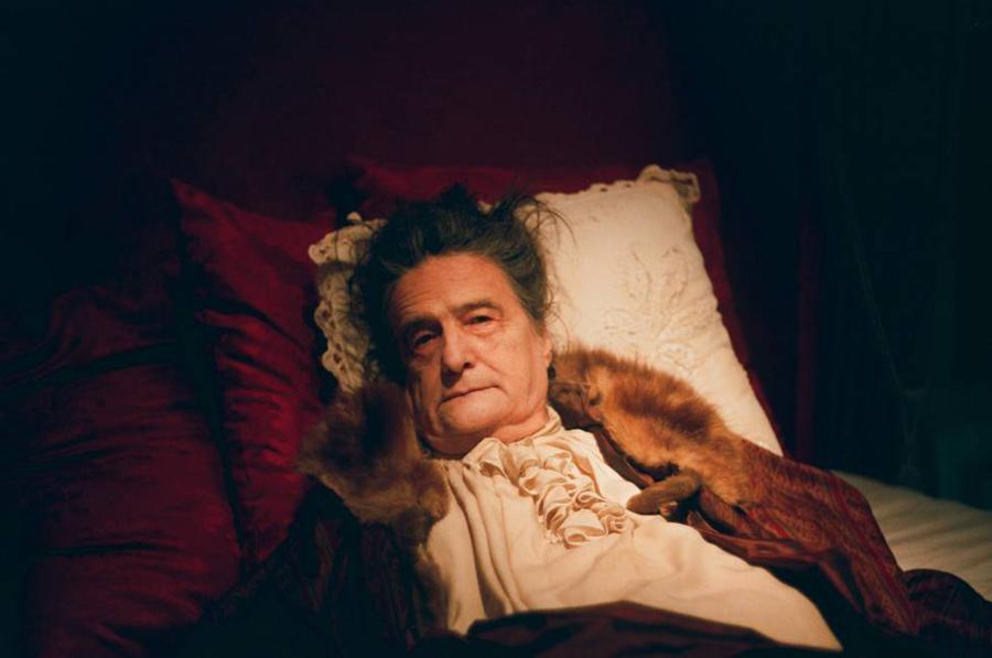 La muerte de Luis XIV | Hipnótico acercamiento a un inevitable final